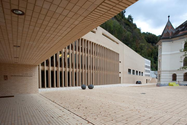Parlament Krajowego Księstwa Liechtenstein. Autor: Hansjörg Göritz