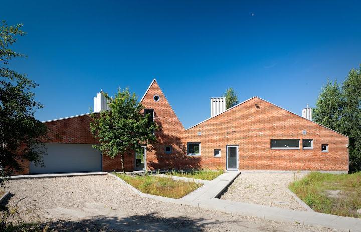 Dogma House. Autor: Grzegorz Stiasny. Fot. Marcin Czechowicz / Architektura-murator