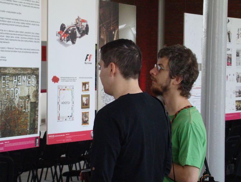 Krzysztof Łaniewski-Wołłk na wystawie Młodzi do Łodzi 2013