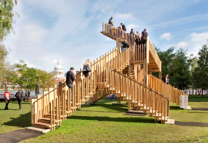 Instalacja Endless Stair. Fot. Jonas Lence
