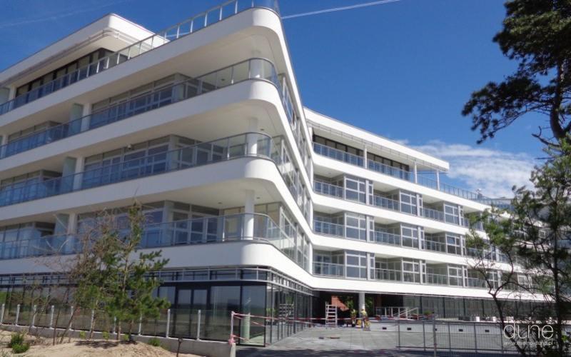 Apartamentowiec Dune w Mielnie, prace wykończeniowe. Fot. Firmus Group