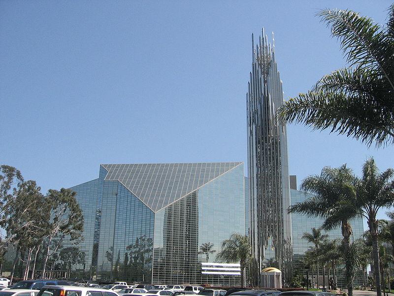 Philip Johnson, Kryształowa Katedra w Garden Grove, Kalifornia, USA. Realizacja 1980