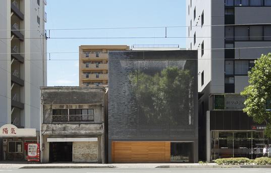 dom szklany nakamura