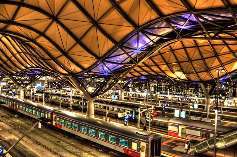 Stacja kolejowa Southern Cross, rozbudowa 2007). Fot. Adam Selwood