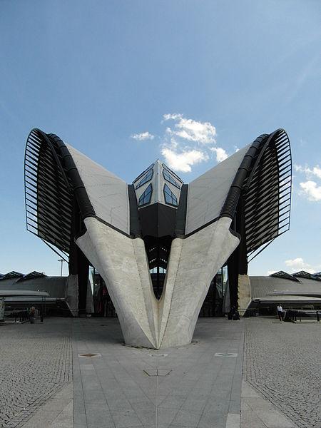 Santiago Calatrava: współczesna architektura i nowoczesny dworzec