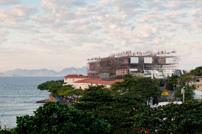 Współczesna architektura Brazylii: Humanidade 2012 Pavillon, Rio de Janeiro\RJ Carla Juaçaba © Leonardo Finotti, materiały prasowe Deutsches Architekturmuseum