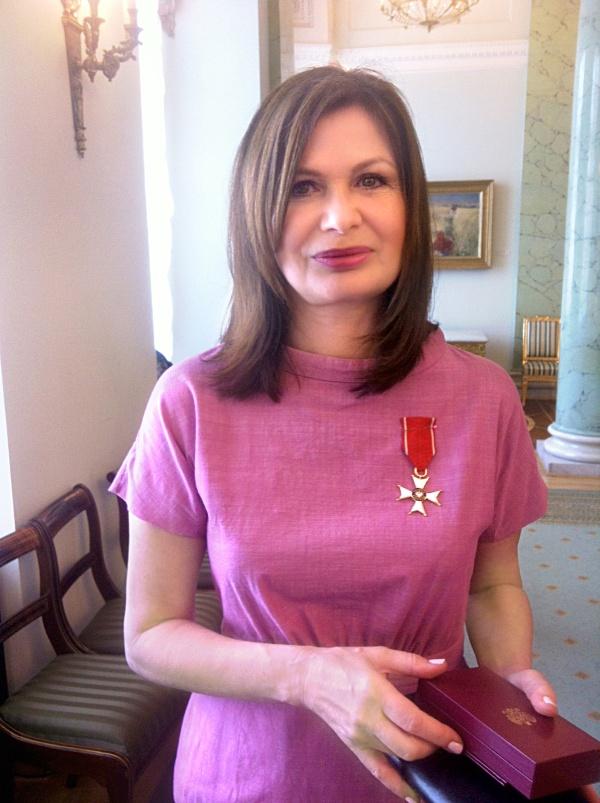 Ewa P. Porębska odznaczona przez Prezydenta RP Bronisława Komorowskiego