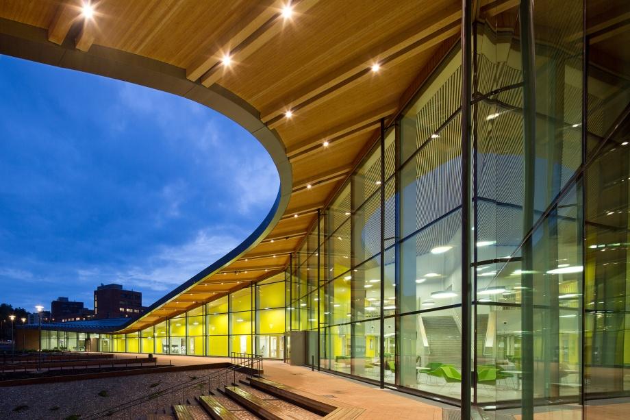 architektura fińska, szkoła