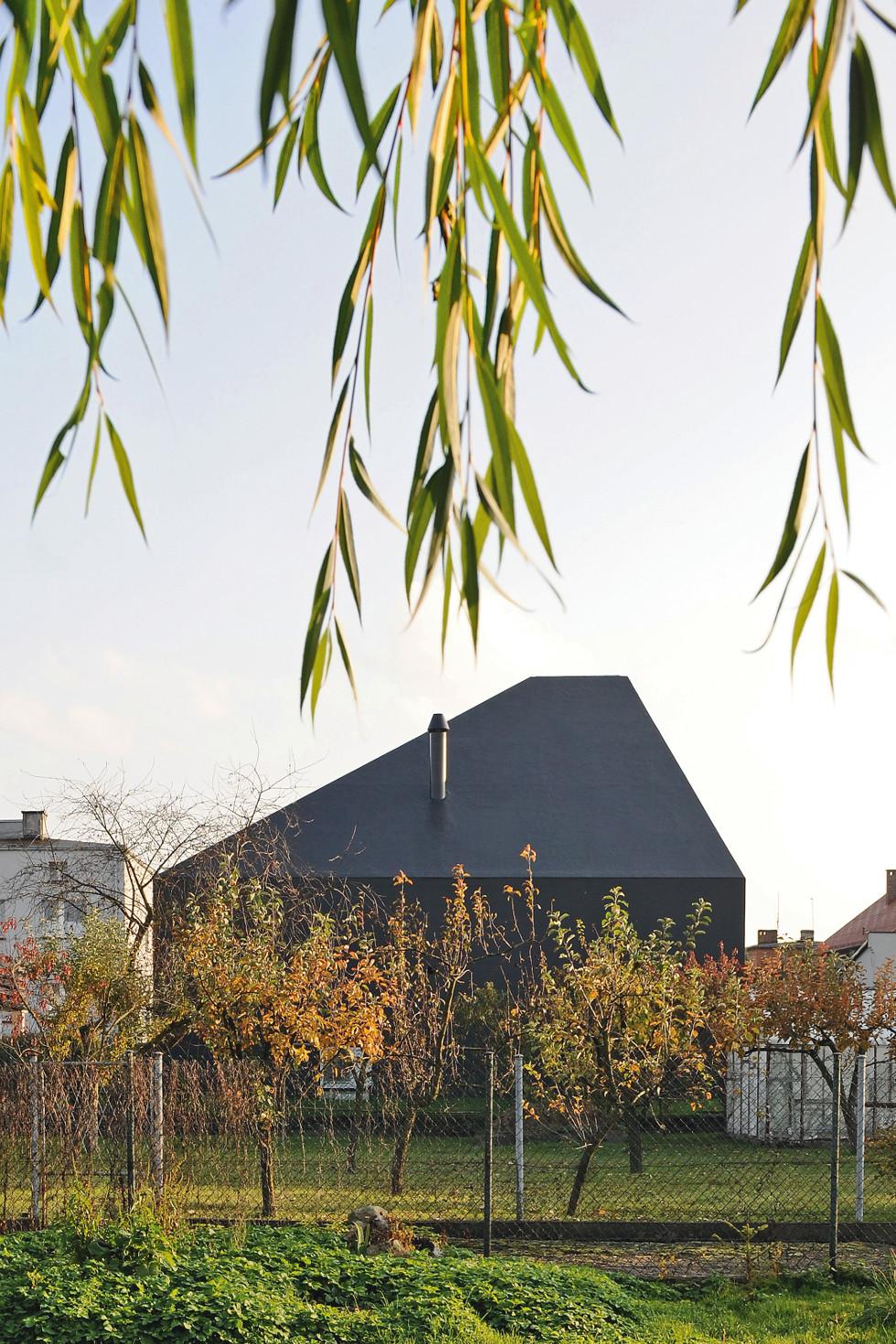 Antracytowy Dom w Lublińcu