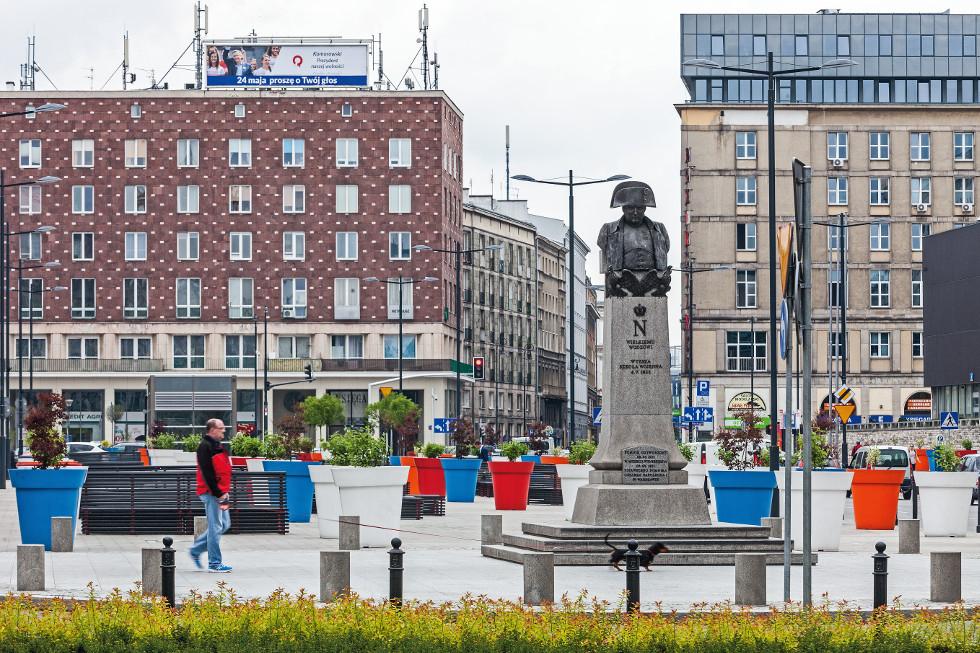 Plac Powstańców Warszawy w Warszawie