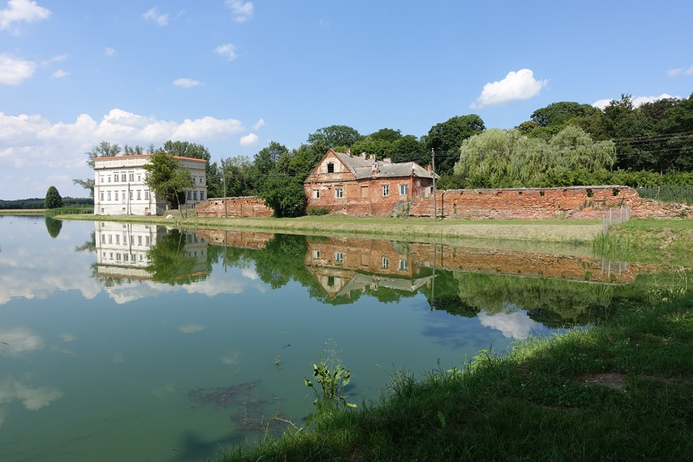 Pałac i fortyfikacje w Czemiernikach