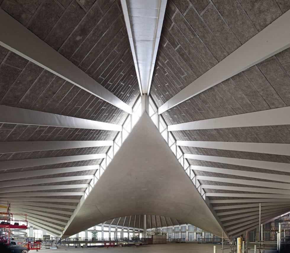 Nowe Muzeum Dizajnu w Londynie, wnętrze