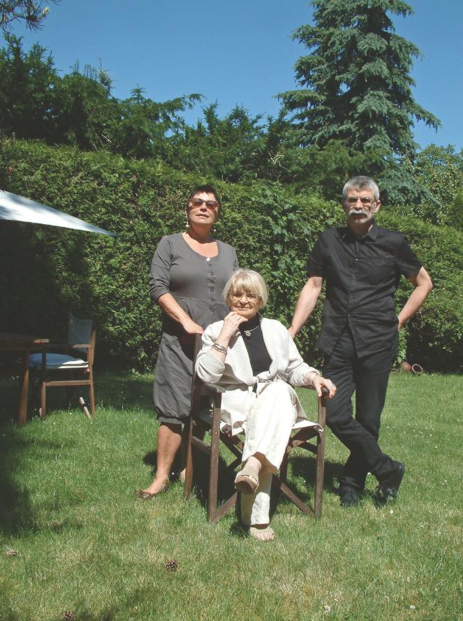 Jadwiga Grabowska-Hawrylak z córką Katarzyną Hawrylak-Brzezowską i synem Maciejem Hawrylakiem