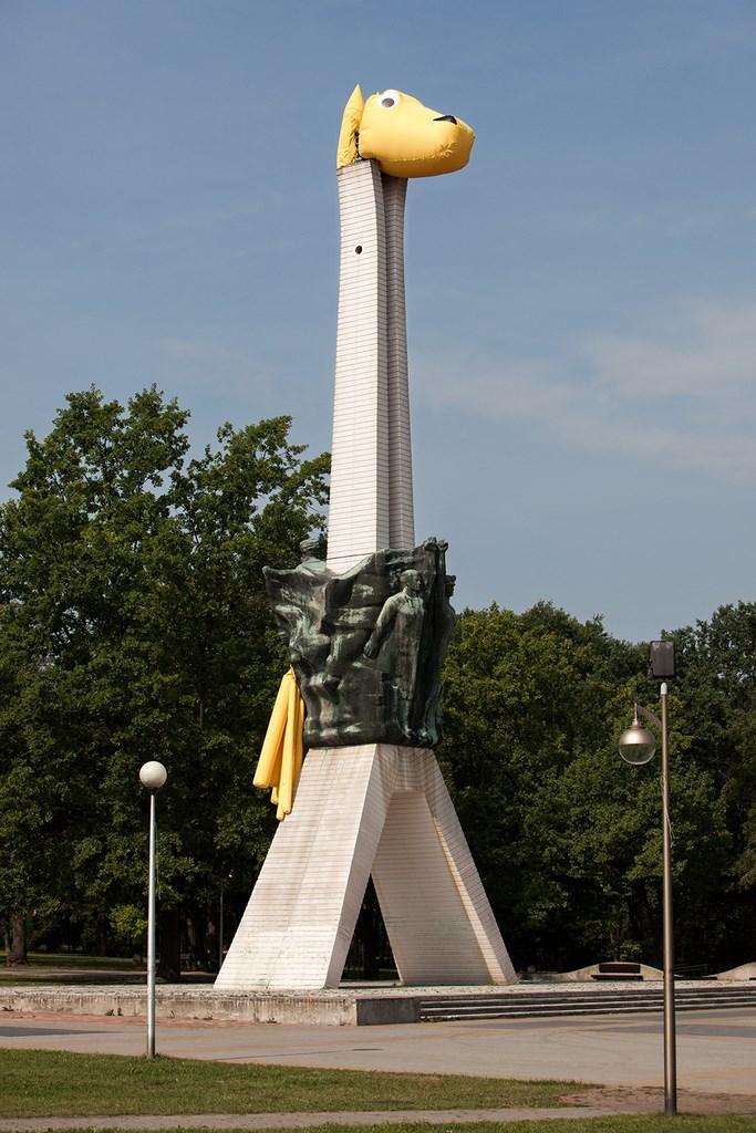 Nowa odsłona pomnika Walki i Pracy w Tychach