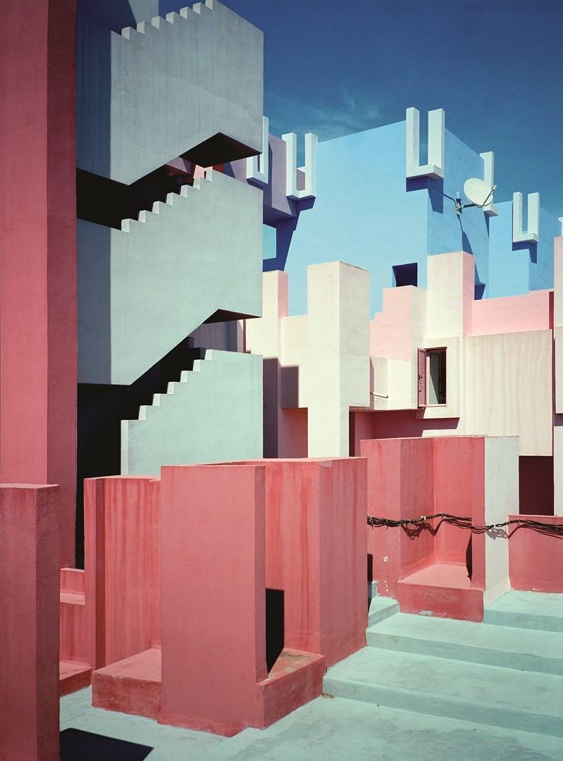 Muralla_Roja_Calpe_Spain_Ricardo_Bofill_Taller_Arquitectura_19e (Copy) (Copy)