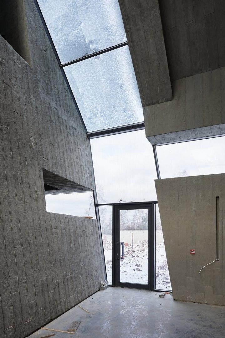 Mauzoleum w Michniowie projektu Nizio Design International: nowe zdjęcia