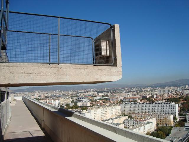 Jednostka Marsylska – le Corbusier i jego maszyny do mieszkania