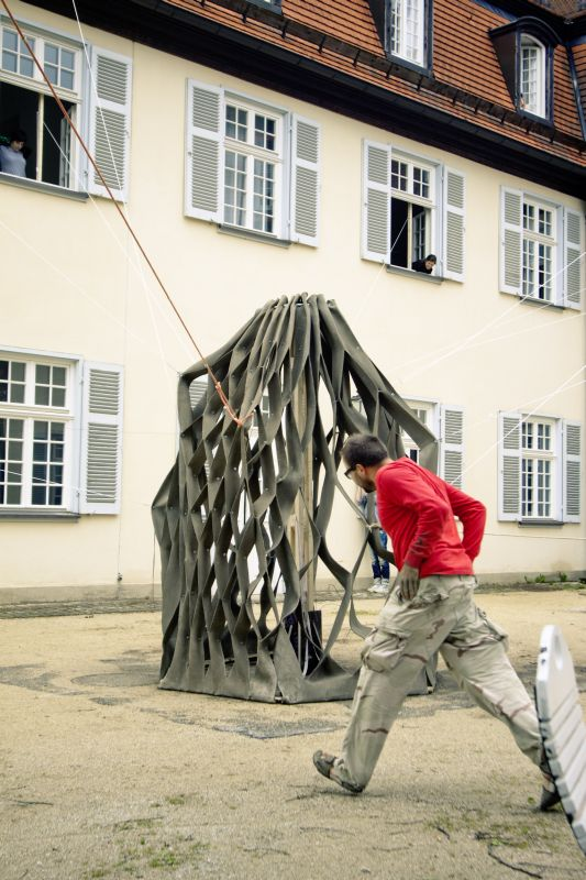 fotka z /zdjecia/Stretched_Pavilion_opening_in_Schloss_Solitude_june_2011_jakub_szczesny_photo_Rolf_Wohrle_14.jpg
