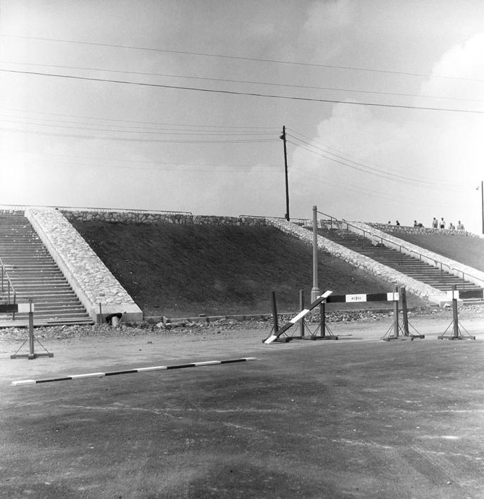 Budowa Stadionu Dziesięciolecia