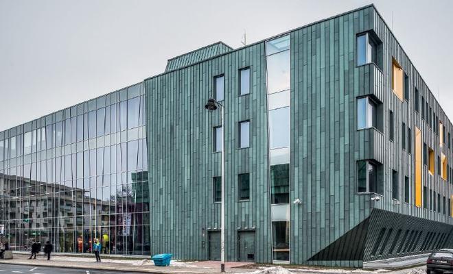 Nowa siedziba Wydziału Neofilologii i Lingwistyki Stosowanej UW na Powiślu. Projekt APA Kuryłowicz & Associates