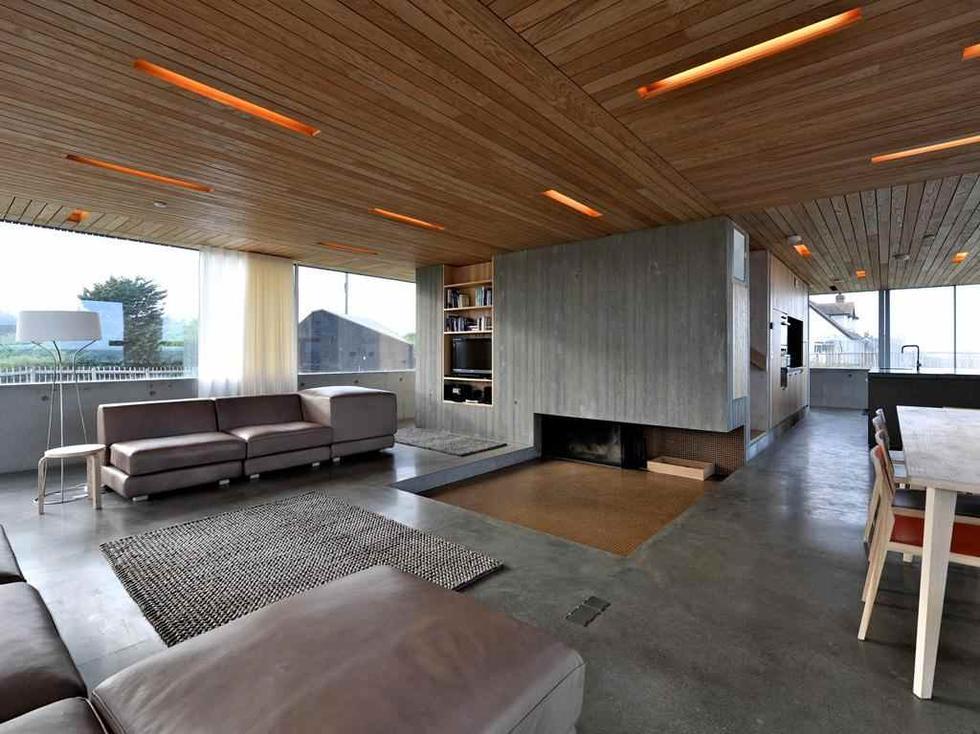 Parter Domu Wydmowego/ Dune House w Thorpeness, Wielka Brytania. Budynek znalazł się na tzw. krótkiej liście Mies van der Rohe Award 2013