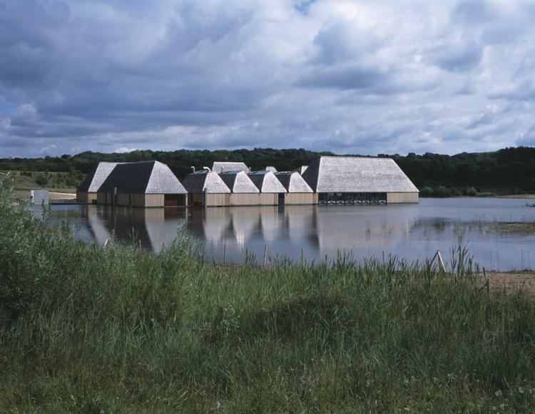 Brockholes Nature Reserve & Visitor Centre. Projekt: Adam Khan Architects / Adam Khan