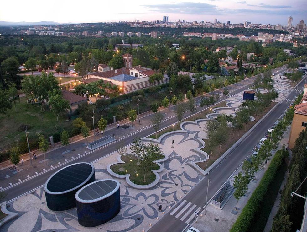 Portugal Avenue. Madrid Río. Fot. ©Ana Müller , Mies van der Rohe Award 2013