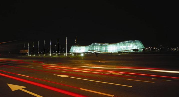 Ministerstwo Spraw Wewnętrznych, Tibilisi. Realizacja 2007-2008. Autorzy: M-ofis Architects. Fot. www.m-ofis.com.tr