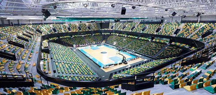 Bilbao Arena, główne boisko i trybuny. Fot. ACTX