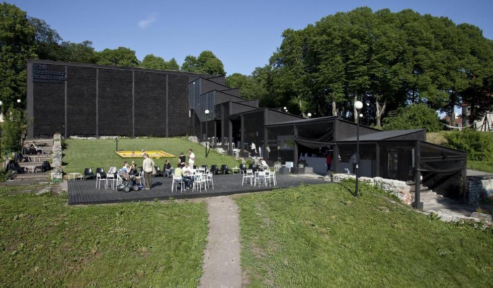 Teatr ze słomy stał się symbolem Tallina - stolicy klutury 2011
