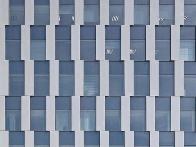 Nowe biurowce w postindustrialnej dzielnicy. Green Towers we Wrocławiu
