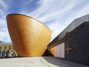 Współczesna architektura drewniana. Kaplica ciszy