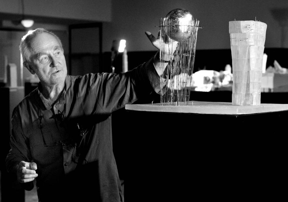 Peter Zumthor i modele architektoniczne. Fot. © Atelier Peter Zumthor & Partner