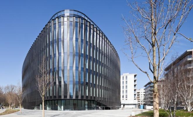 Na Powiślu: zespół mieszkaniowy i budynek usługowy projektu APA Kuryłowicz & Associates