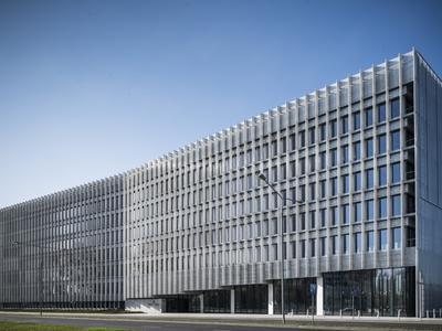 Biurowiec GREENWINGS w Warszawie projektu JEMS Architekci