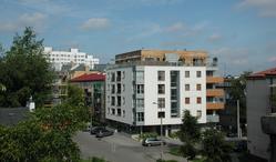 Budynek mieszkalno-biurowy przy ul. Serockiej 27 w Warszawie