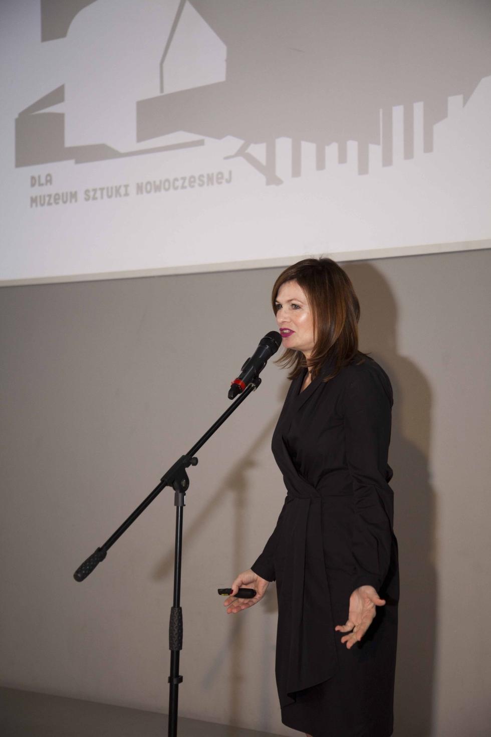 """Ewa P. Porębska o koncepcji kolekcji """"Architektury-murator"""""""