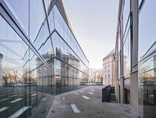 Idea naturalnej kontynuacji – o projekcie rozbudowy ASP w Warszawie Maciej Miłobędzki