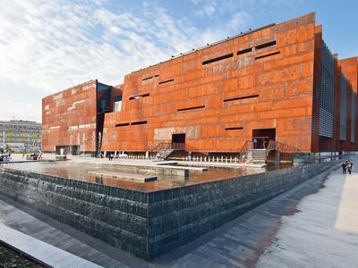 Architektura eksponująca krajobraz stoczni – o Europejskim Centrum Solidarności Daniel Załuski