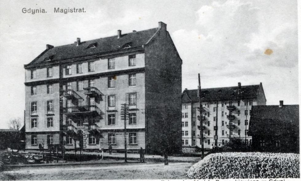 fotka z /zdjecia/Budynek_Magistratu_w_1928_1930_a.jpg