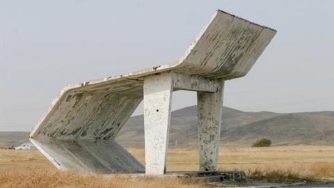 Architektura betonu: Obsesja — architektura przystanków w krajach byłego ZSSR [FILM]