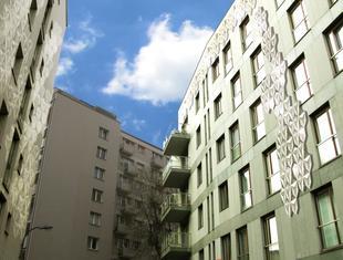 REFLEX - realizacja projektu doświetlenia ciemnych fasad budynków