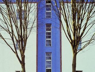 Mistrz kolorowego budownictwa w Berlinie