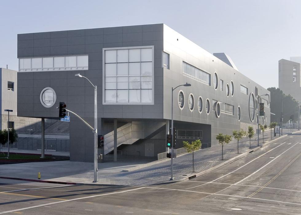 Szkoła nr 9 w Los Angeles