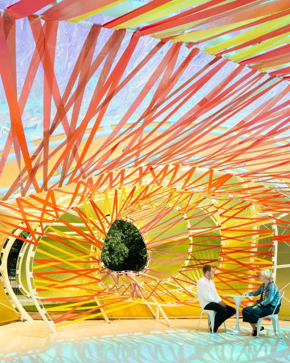Pawilon letni Serpentine Gallery projektu selgascano
