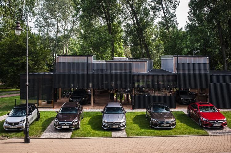 Stacja Mercedes na Powiślu