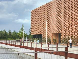 Przestrzenny ciąg przeżyć – o polskim pawilonie na Expo Piotr Kuczia