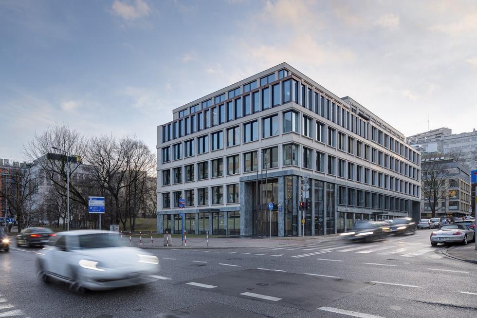 Carpathia Office House