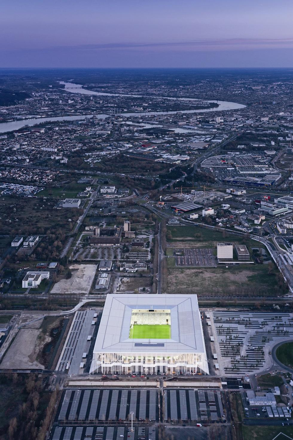 stadion w bordeaux15