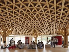 Humanitarna rewolucja w architekturze?